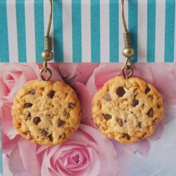 Chocolate cookie earrings