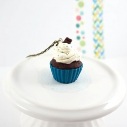 Blue cupcake long necklace